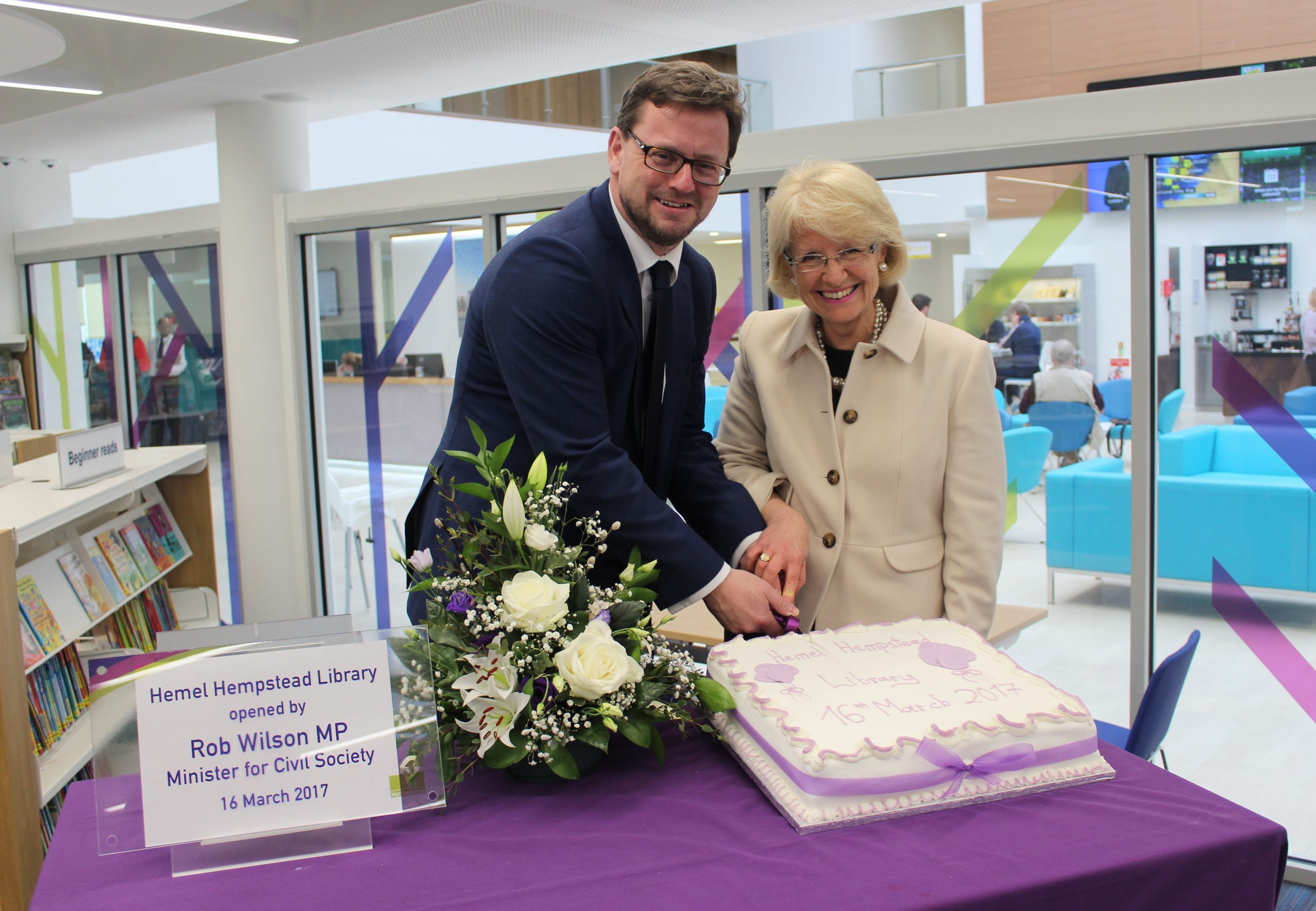 Minister for Libraries, Rob Wilson opens two state of the art libraries in Hertfordshire